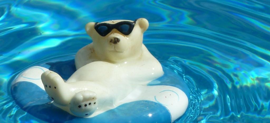 pool-164793_1280