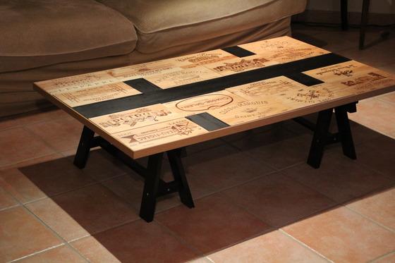 Diy Table De Salon Customisée Avec Des Caisses De Vin