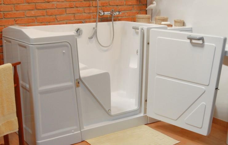pourquoi acheter une baignoire porte pour senior. Black Bedroom Furniture Sets. Home Design Ideas